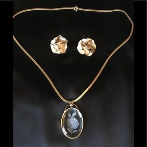 1950's gold necklace and earrings